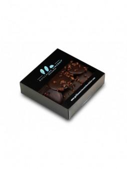Palets de chocolat noir au cacao du Vénézuela  65 % parsemés de grués de cacao